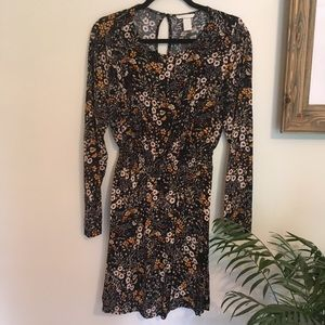 {H&M} long sleeve dress